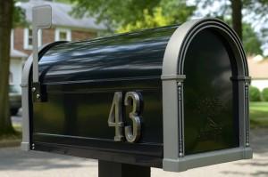 Egyedi postaláda