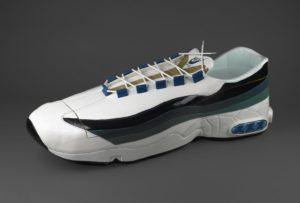 Nike teremcipő